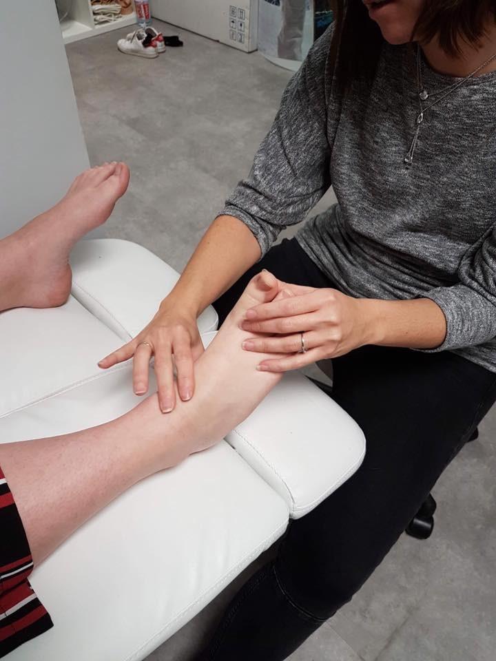 Examen palpatoire du pied